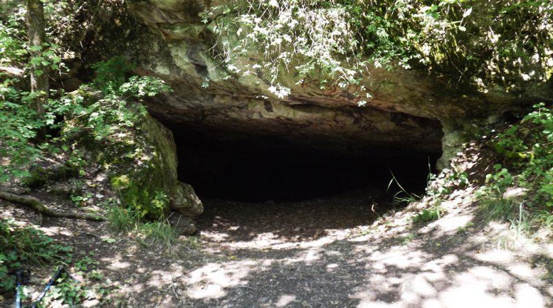 Üreg barlang